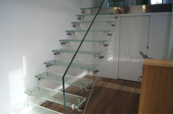 Cristales a medida - Escaleras de cristal templado ...